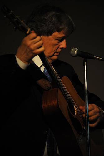 John Rankin demonstrates some of Snoozer Quinn's techniques.